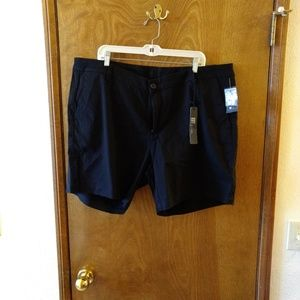 NWT, Kut from the kloth black walking shorts, 20